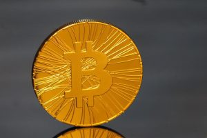 Bitcoin and S&P 500 correlation strengthens against taper tantrum fears