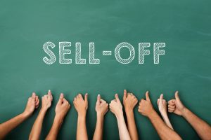 Avalanche's 484% price rally brings forth extreme AVAX sell-off risk