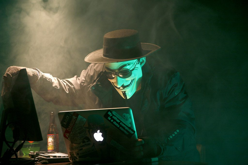 """""""Anonymous Hacker""""bydustball(licensed underCC BY-NC 2.0)"""