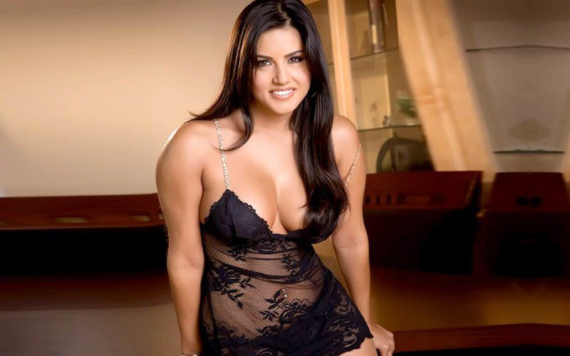 Former pornstar and Bollywood actress Sunny Leone is competing against megastar Amitabh Bachchan to release the first Bollywood NFT set.